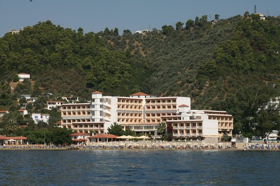 Photo of Hotel Esperides Skiathos