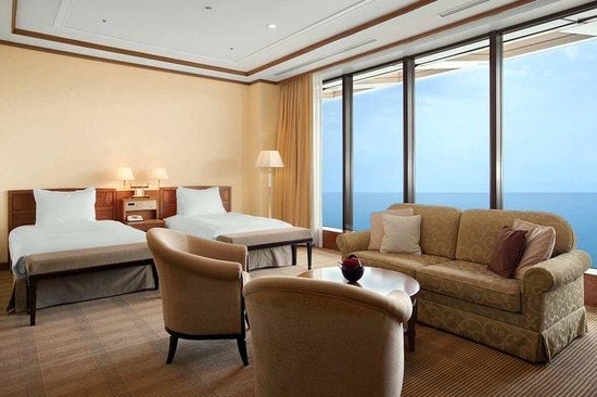 Hilton Odawara Resort &amp; Spa: Twin Deluxe Plus Room