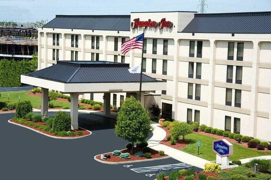 ‪‪Hampton Inn Cincinnati Northwest Fairfield‬: Hotel Exterior‬