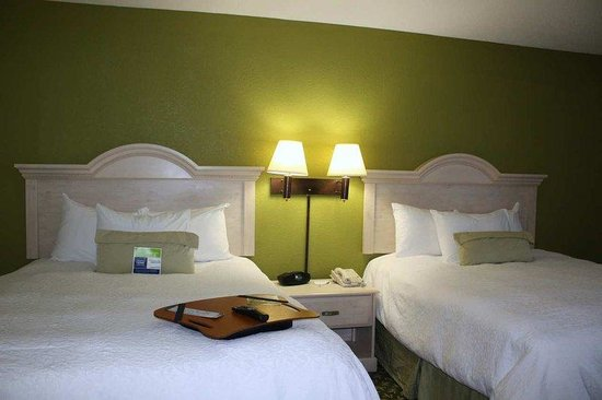 Hampton Inn Jackson/Pearl-International Airport: 2 Queen Beds