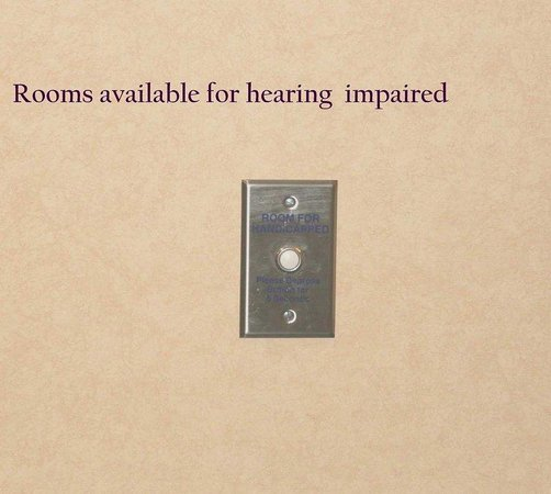 Hampton Inn Wichita Falls: Hearing Impaired Doorbell