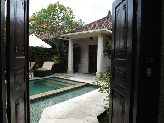Kamuela Sanur:                   Looking through the large double doors in to  villa