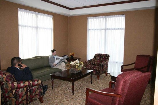 Hampton Inn Napanee-Ontario: Lobby
