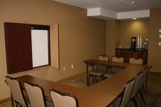 Hampton Inn Napanee-Ontario: Meeting Room