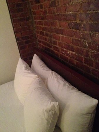 Royal Park Hotel : exposed brick. the beds are really low