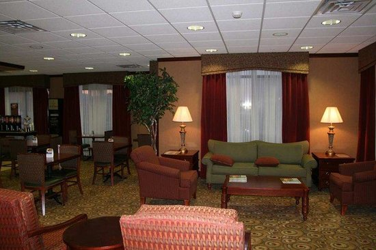 Hampton Inn Plover / Stevens Point: Lobby Soft Seating