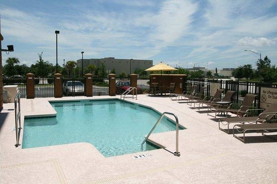 Hampton Inn Jacksonville-I-295 East/Baymeadows: Outdoor Pool