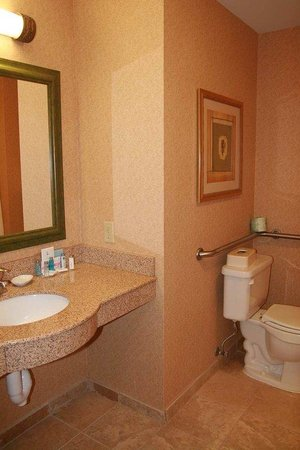 Hampton Inn Omaha West - Lakeside : Two Queens Accessible NS