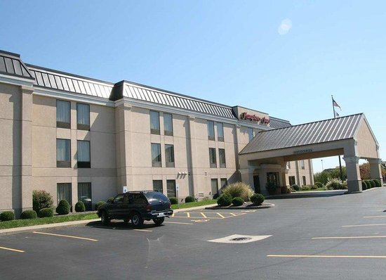 Photo of Hampton Inn Marion