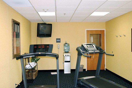 Hampton Inn & Suites Louisville East: Fitness Center