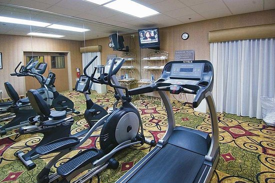 Hampton Inn Jackson Clinton: Fitness Center