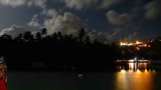The Inn On The Bay: Evening view from the Rainforest Hideaway