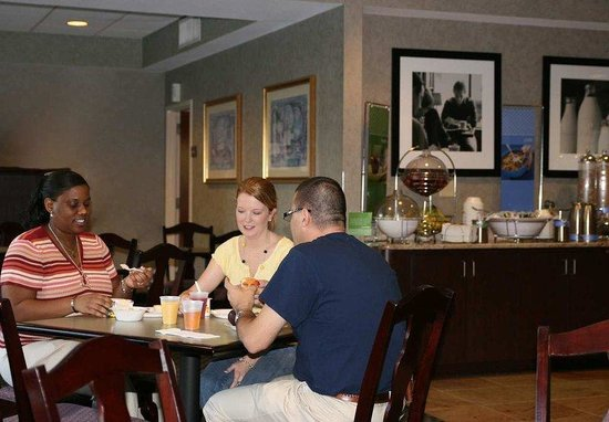 Hampton Inn Mount Dora: Dining Area
