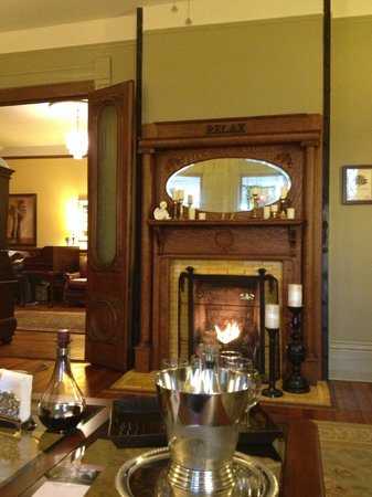 Beaufort House Inn : sitting room