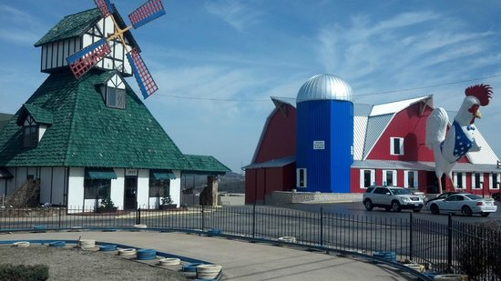 Photo of Guesthouse Windmill Inn &amp; Suites Branson