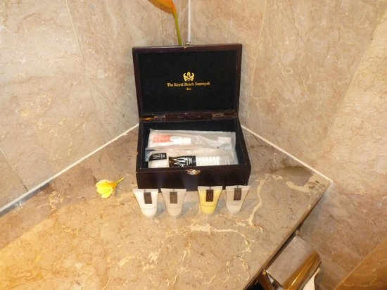 The Royal Beach Seminyak Bali - MGallery Collection: Amenities Box