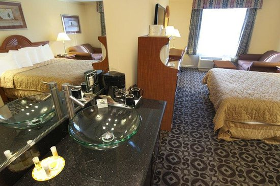 Days Inn Concord: Premium Room