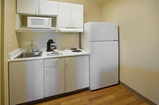 Extended Stay America - Cincinnati - Sharonville: Fully-Equipped Kitchens