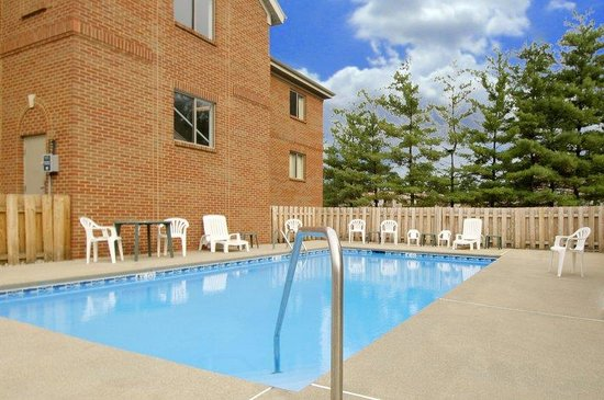 Extended Stay America - Columbia - West - Stoneridge Dr.: Swimming Pool