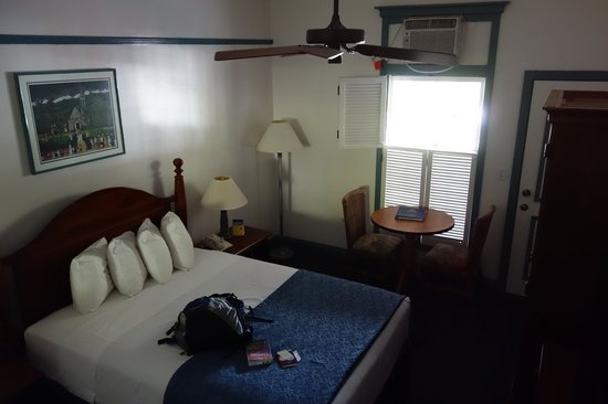 BEST WESTERN Pioneer Inn: room