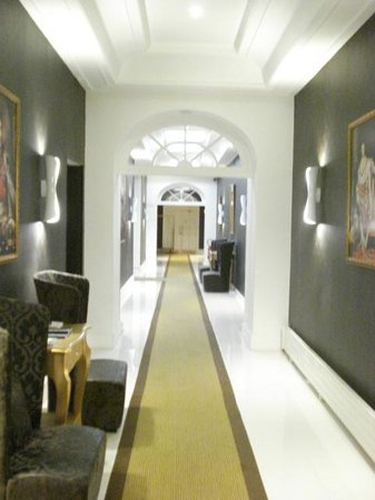 Clarion Collection Etoile Saint Honore: Hall d&#39;entre