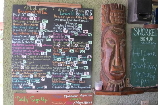 Ak'bol Yoga Retreat & Eco-Resort: Menu board that doesn't include daily specials