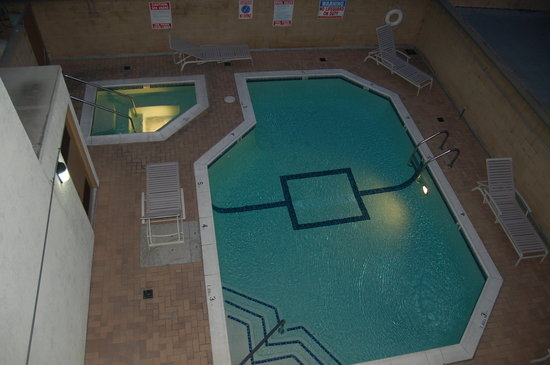 Pool from 3rd floor picture of comfort inn near pasadena for Flooring near my location