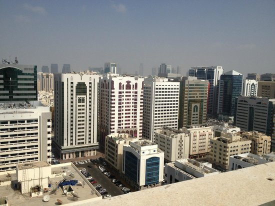 Crowne Plaza Hotel Abu Dhabi: Rooftop view