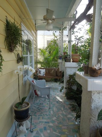 Jasmine House: The front porch