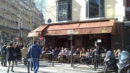 Café Mabillon at 2 minutes from Welcome Hotel. This is the feel you get at all the bars in this