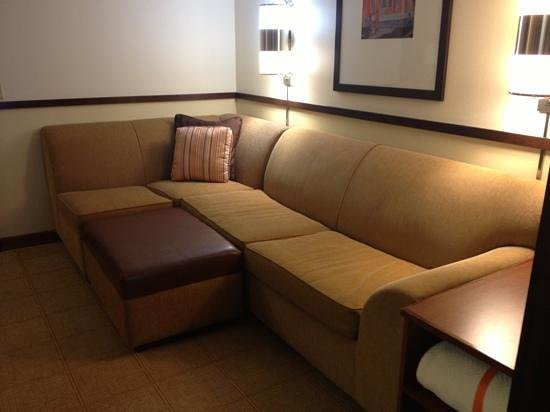 Hyatt Place Milford: sectional pull out!