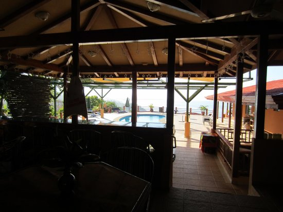 Villas Alturas: view from bar area