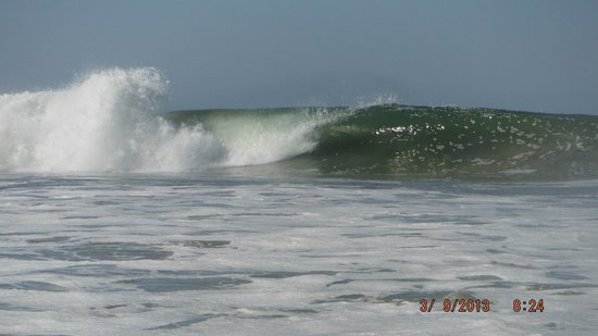 Pacifica Surf Studios: The consistent surf!