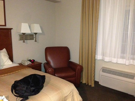 Candlewood Suites Bluffton-Hilton Head: Recliner in room