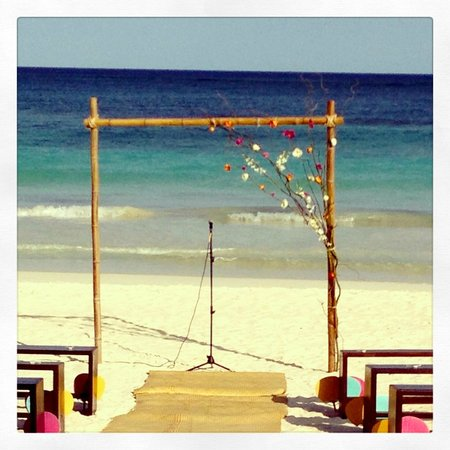 La Zebra Hotel, Tulum:                   wedding arch