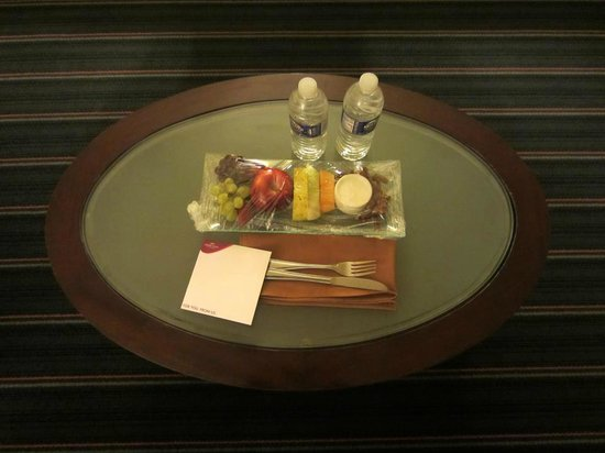 Crowne Plaza Hotel Fairfield:                   Treats left for my arrival
