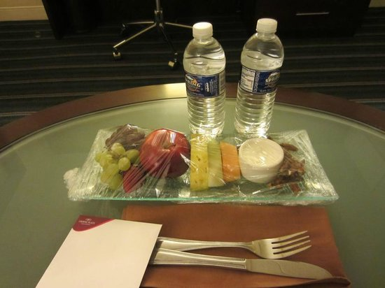 Crowne Plaza Hotel Fairfield:                   Treats left in my room