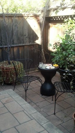 Mount View Hotel & Spa :                   Private Patio