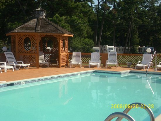 Chincoteague Inn : Pool area