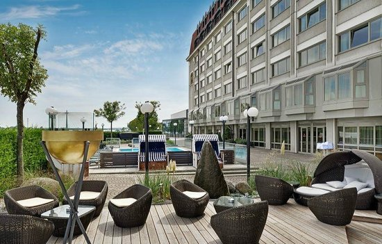 Hilton Vienna Danube Exterior with Pool