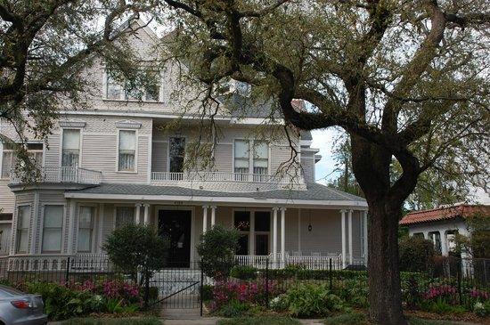 Avenue Inn Bed and Breakfast: Avenue Inn B & B