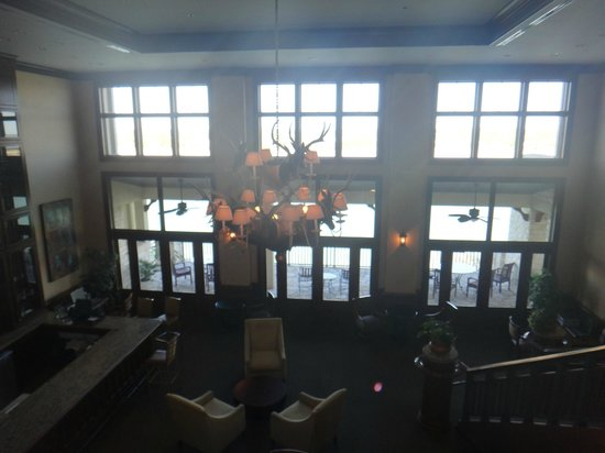 Lakeway Resort and Spa: Hotel Lobby/Bar