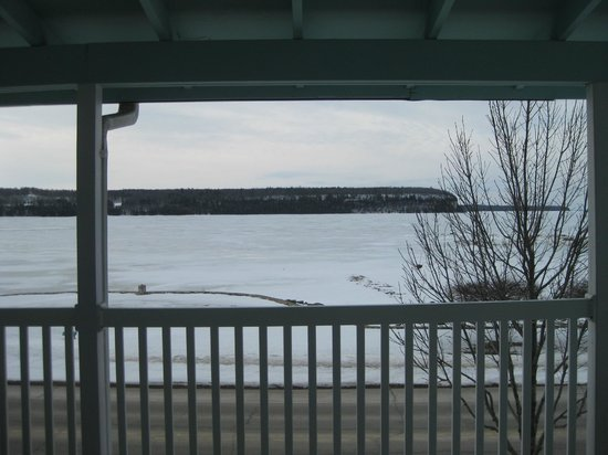 Edgewater Resort: View of Peninsula State Park from room.