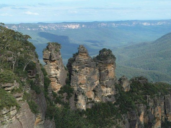 Waldorf Leura Gardens Resort: Three Sisters at Echo Point