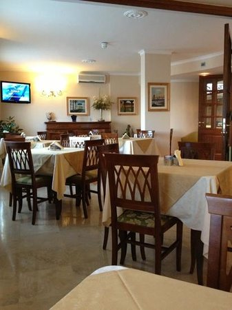 Altea Suites: dining room