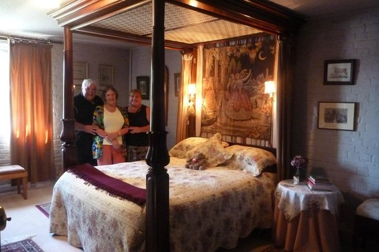 Bowerbank Mill B&B: Four poster