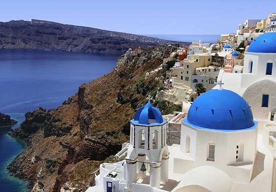 Photos of Santorini - Featured Images