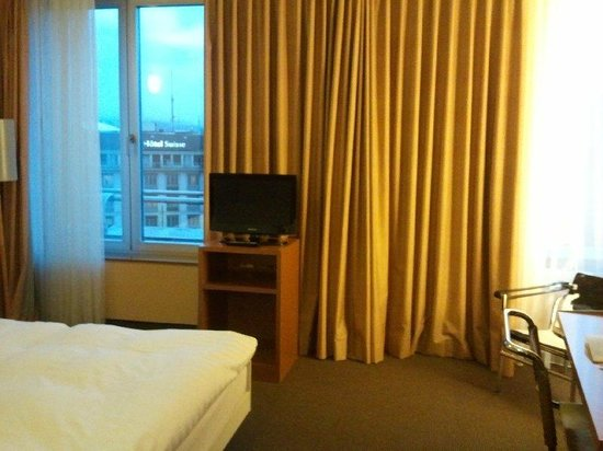 Cornavin Hotel Geneva: Room 609