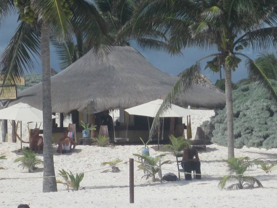 Cabanas Zazilkin: beach area