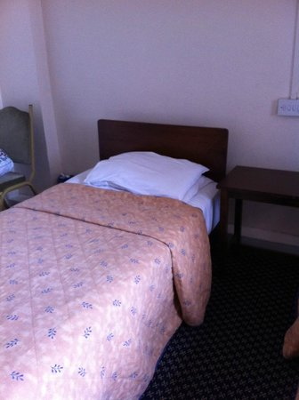 County Hotel: Bed one